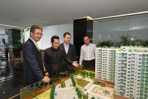 Công ty có vốn đầu tư nước ngoài được phép kinh doanh bất động sản dưới hình thức nào?